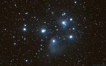 M45 (Amas des Pleïades)